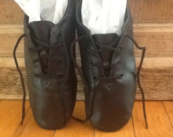 Ballet Shoes,Size 8,American Ballet Theater Lace Up Shoes ~