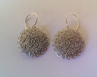 Handmade Solid 925 Sterling silver filagree earring.