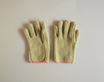 Hand crochet gloves / Handmade mittens