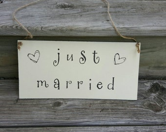Rustic Wedding Just Married Sign - Wooden Wedding Sign- Rustic Wedding Decor