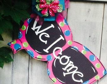 Sunglass door hanger, sunglass sign, beach sign, welcome door hanger, welcome sign