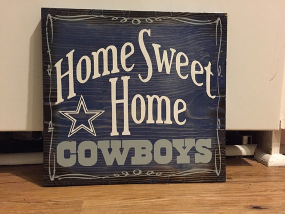 Dallas Cowboys signs!