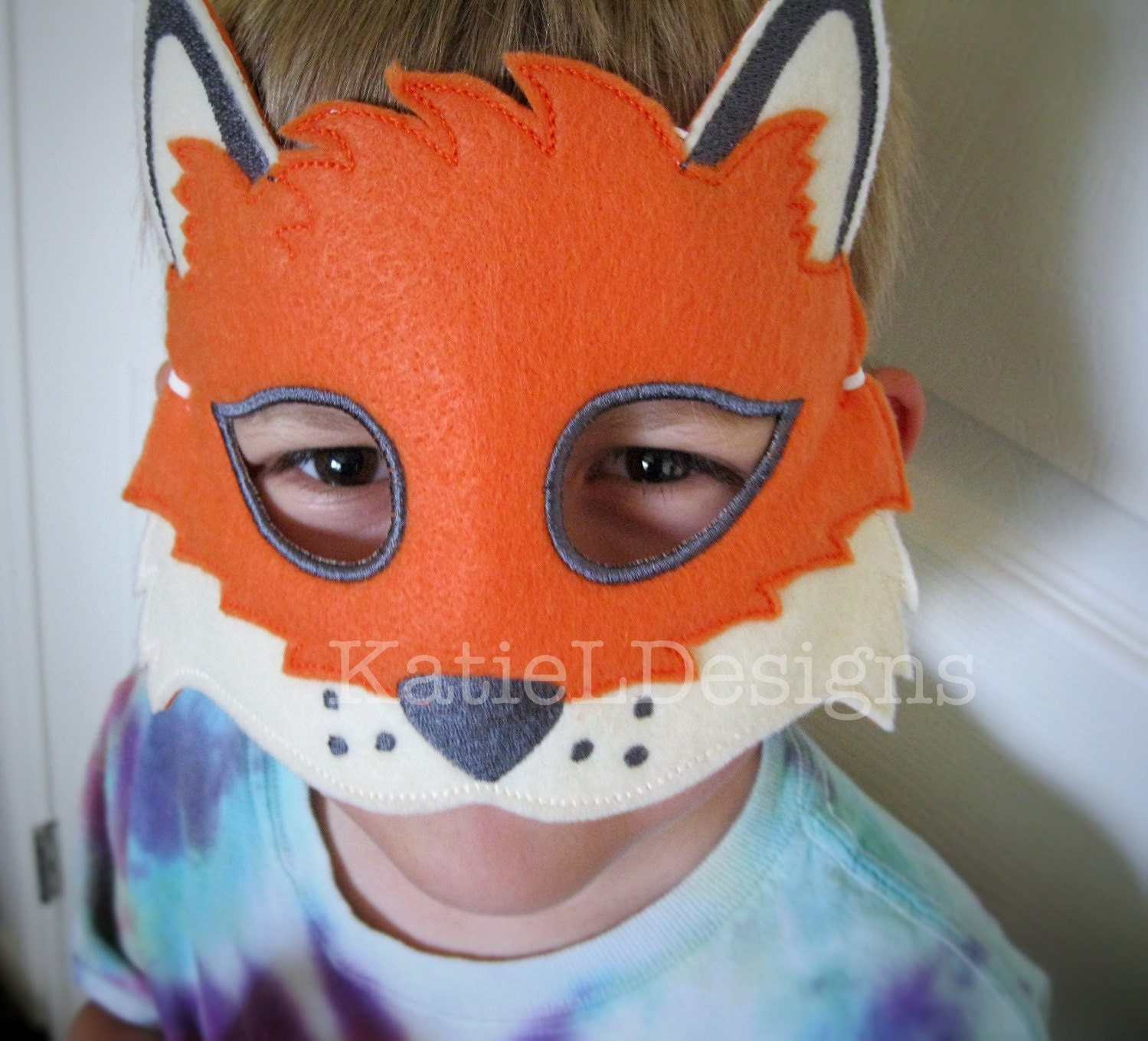 ITH Fox Mask Machine Embroidery Design Pattern Download 5x7 6x10 ...