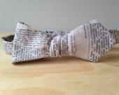 Newsprint self-tie bowtie
