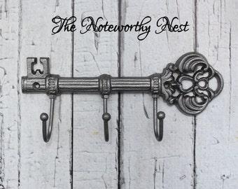Skeleton key wall hook // Cast Iron Key Hook // Cast Iron hook // skeleton key // Pewter decor // Gray decor // Wall Key Hook // Key Holder