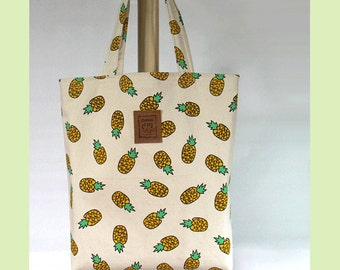 Pineapple bag, tote bag, Yellow & Ivory, Graphic tote bag, Canvas Bag, Handbag, shoulder bag, Large tote, Gift