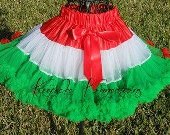 Girl Christmas Pettiskirt, Girl Red/Green Pettiskirt, Girl Christmas Tutu, Italian and Mexican TUTU Skirt, Girl Birthday Skirt, Parade Tutus