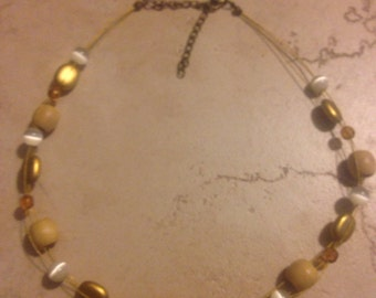 Vintage Wood Pearl Necklace Costume Jewerlry