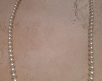 Vintage Pearl Necklace Costume Jewelry