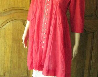 Roshanara Norma red tunic