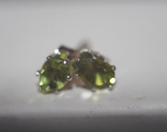 Handmade Green Peridot Earrings Stud in Sterling Silver