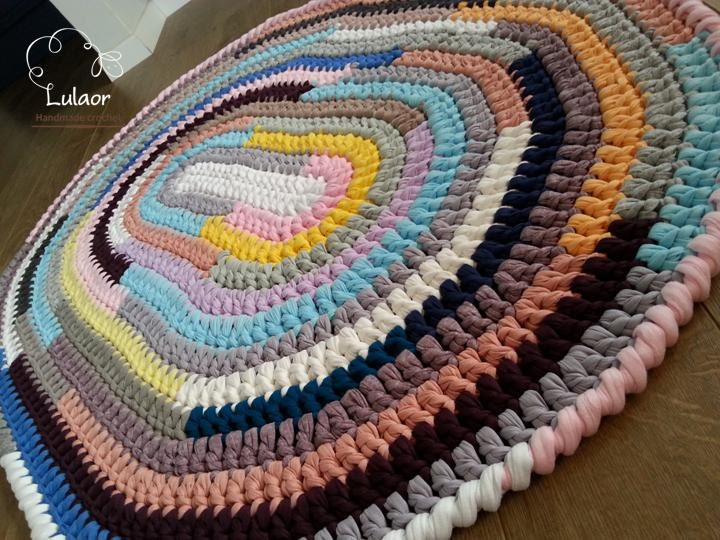 Crochet Patterns For T Shirt Yarn : 50% SALE on all the rugs Crochet oval rug t shirt yarn by ...