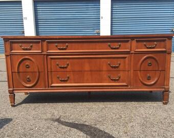 Vintage Ornate Bassett 9 drawer Dresser Buffet Credenza Media Center