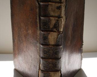 1767- Disquisitio Theologica de Jure Parochorum ad Oblationes ex Consuetudine Praestari Solitas Singulis Dominicis ...