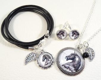 """Jewelry set """"Black Unicorn"""""""