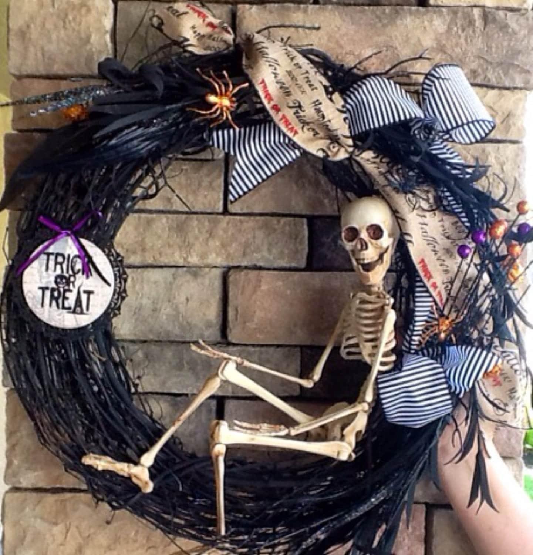 Halloween Wreath Skeleton Wreath Scary Wreath Skull Wreath