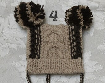 Baby boy knitted hat. Beige knitted hat. Boy knitted hat. Baby hat with pom poms. Age 0-12 month