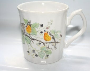 Vintage Bird Coffee Mug,Yellow Birds Ripple Mug