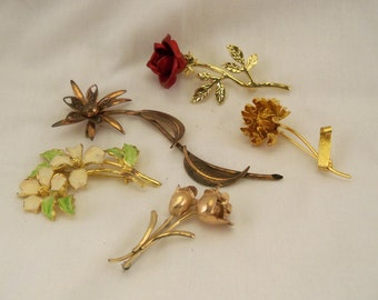 Vintage Flower Brooches, Five, sold in one lot