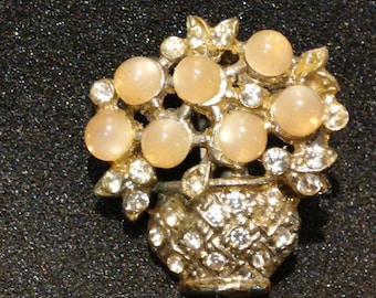 Vintage Peach Lucite and Rhinestone Floral Brooch