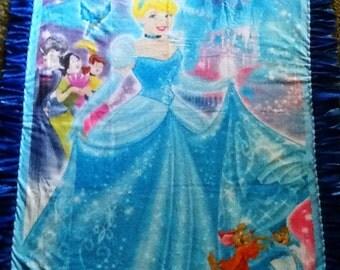 Cinderella fleece tie blanket, reversible blanket