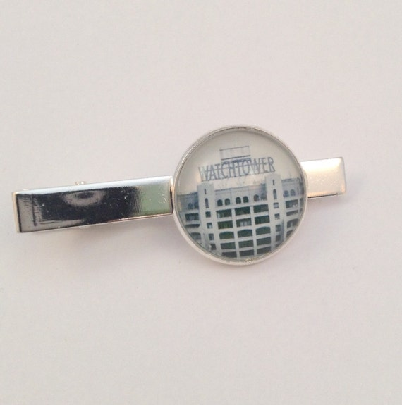 JW B&W Watchtower Sign Tie bar in Silver-tone ,20mm  Blue velvet gift pouch included. (Tie bar only) #407