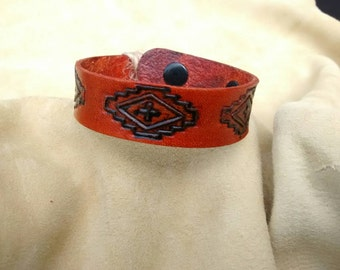 Small southwestern leather bracelet