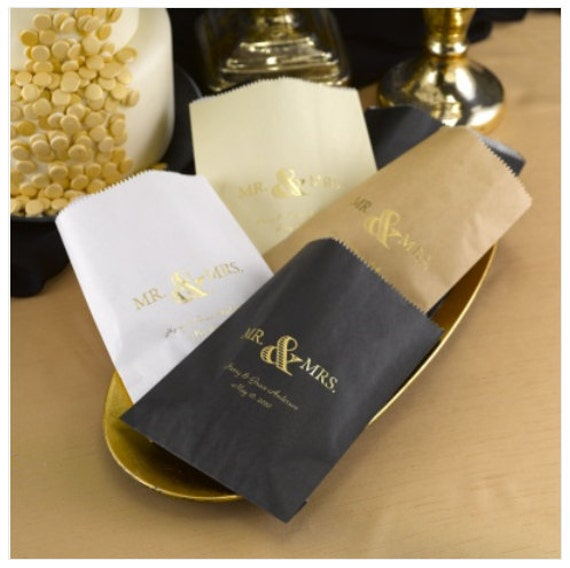 wedding cake bags for guests mr and mrs wedding cake bags pack of 50 8566