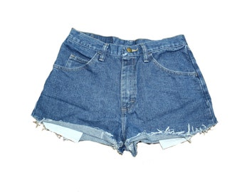 Vintage  // High Waisted Shorts // Cut Off Shorts // Jean Shorts // Denim Shorts // Dark Wash Shorts // Cut Offs // Size 30 // Wrangler