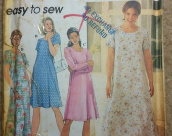 Simplicity 7113 Misses/Petite Flared Dress.  Size 12-14-16
