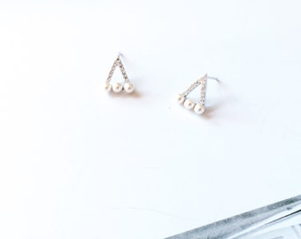 Silver Diamond Pearl Earring 925 Sterling Silver Triangle Stud Earring Hallow Pattern Earring Simple Everyday Wedding Bridal Bridesmaid Gift