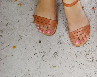 Leather Sandals in Natural Leather