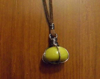 Retro Honey Mustard Necklace