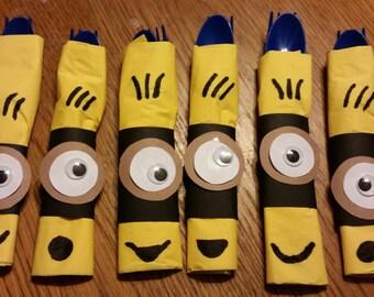 Set of 6 Minion Despicable Me Napkins & Silverware