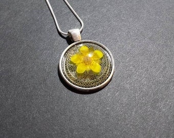 Wild Strawberry Flower pendant necklace