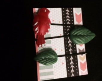 Bird and Flower Bobby Pin Set in Red and Green