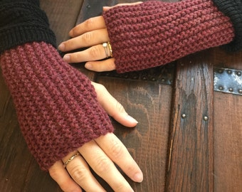 Wool Knit Fingerless Gloves - Currant