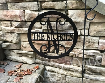 Metal Yard Decor for your Yard Flag Stand - Circle w/ Last Name In Middle