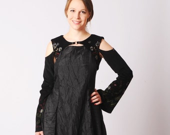 Black versatile Bolero in Black embroidered babycord, with removable sleeves - Sz UK 10 / FR 38