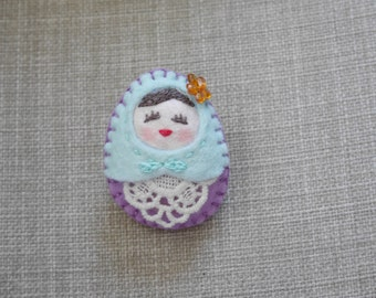 Felt Purple Russian Doll, Felt Matryoshka handmade Brooch, Felt Refrigerator Magnet (Small Size), Felt Toy, Felt doll, Felt Matryoshka