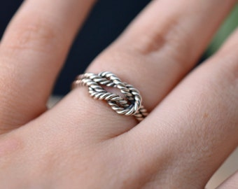 Knot ring in sterling silver - engagement ring - nickel free ring - rope ring - infinity knot ring / gift for her / gift for bridesmaids