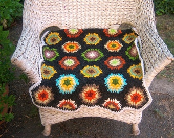 Chunky 70s afghan / crochet granny squares / small lap throw 26x38
