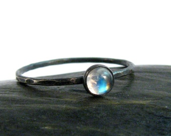 Moonstone Bezel Ring in Oxidized Sterling Silver -Tiny Rainbow Blue Stackable Moonstone Ring - 4mm - Size 7