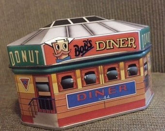 Ian Logan's Filling Stations - Bob's Diner TIN (1983)