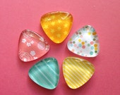 5 Glass Triangle Magnets - Pink Orange Yellow Mint Green Stars Floral Stripes Honeycomb - Kitchen - Home - Office - Favors - Command Center