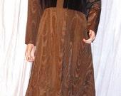 Vintage Count Romi Iridescent Velvet Brown Maxi Coat 16