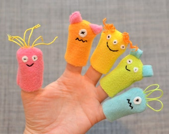 Fleece Finger Puppets, Spring Rainbow colors (5-pack)
