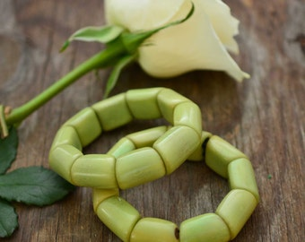 Green Tea: Beautiful Tagua Nut Bracelet, Tagua Nut Jewelry, Eco-Friendly Jewelry, Vegetable Ivory, Eco friendly Jewelry / Gifts