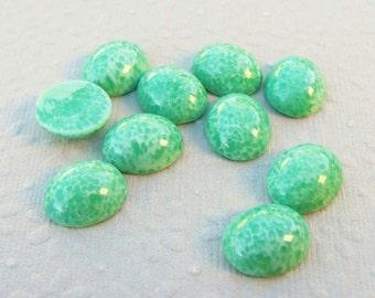 12x10mm Mint Green Mottled Vintage Glass Cabochons (6)