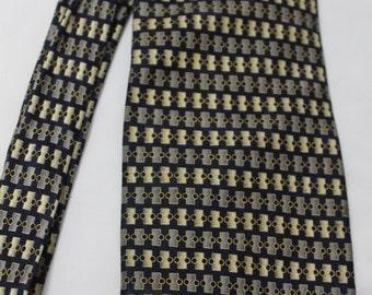 Vintage BERGAMO New York 3 7/8 Inch Wide 60 Inch Long Silk Necktie, Extra Long, Navy, Taupe